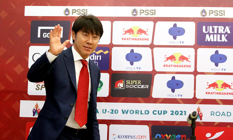 Kena Hukuman, Shin Tae Yong tak Ikuti Jumpa Pers Sebelum Laga Indonesia vs UEA - JPNN.com