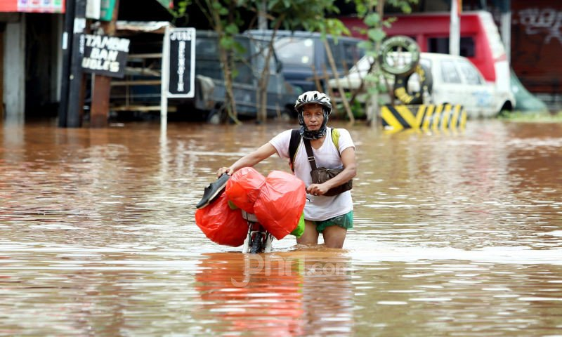 5 Berita Terpopuler: Ahok di 2024, Banjir Lagi, Jokowi Diminta Mencontoh SBY soal Honorer - JPNN.com