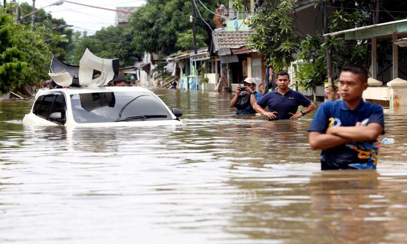 8 Langkah Mengenali Mobil Bekas Terkena Banjir - JPNN.com