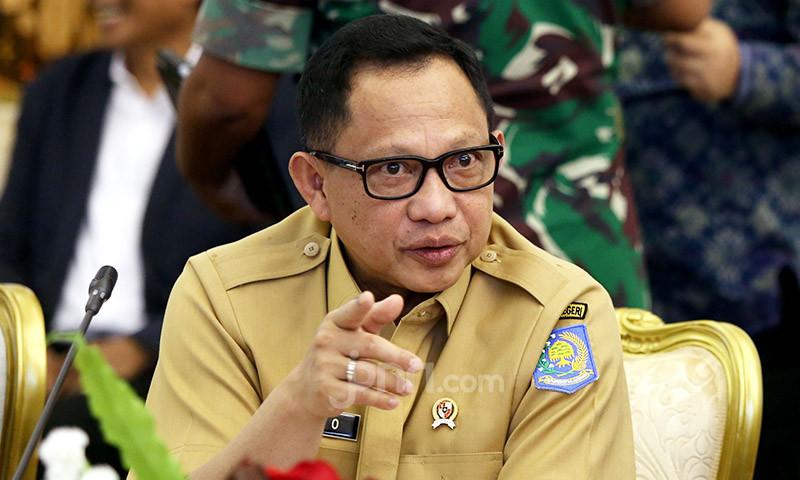 Jawa dan Bali Bebas PPKM Level 4, Begini Perinciannya - JPNN.com