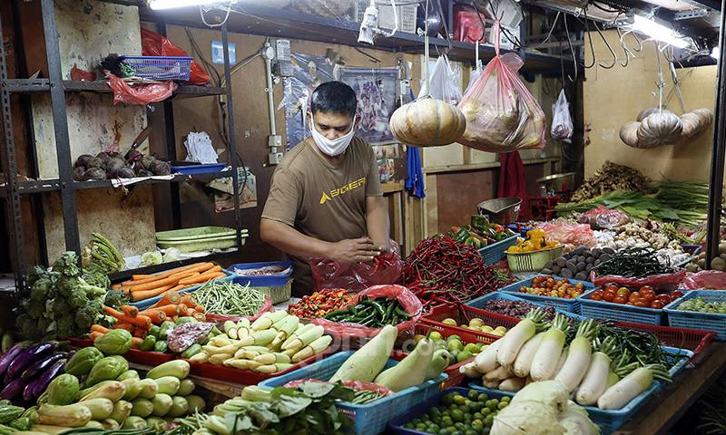 Harga Cabai, Bawang, dan Beras Hari Ini, Pantauan Pasar di DKI Jakarta - JPNN.com