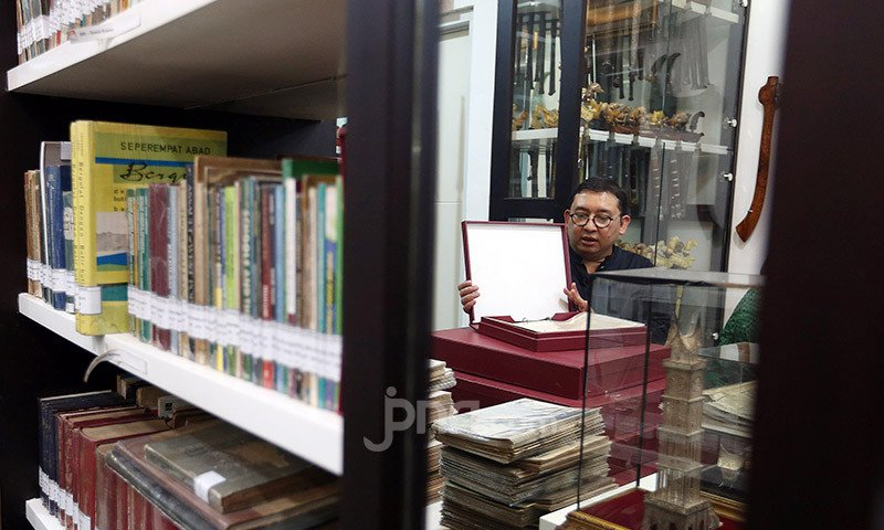 Sambil Tersenyum, Fadli Zon Ungkap Cerita soal Prabowo, Tak Banyak yang Tahu - JPNN.com
