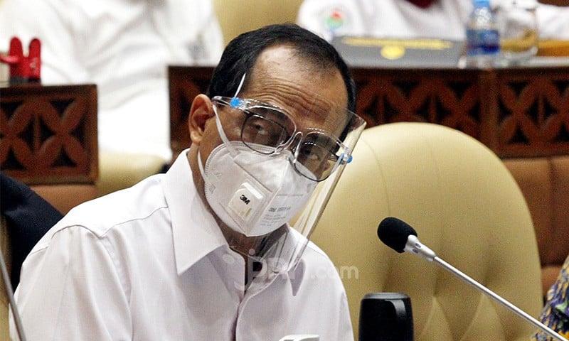 Syarief Minta Presiden Jokowi Tegur Menhub Budi Karya Sumadi, Begini Alasannya - JPNN.com