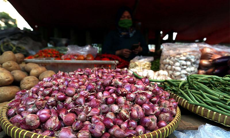 Harga Bawang, Cabai, hingga Telur Ayam di PD Pasar Jaya Hari Ini - JPNN.com