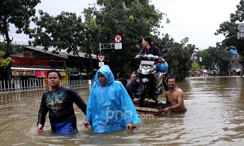 Hasil Analisis BMKG soal Musim Hujan, Masyarakat Diminta Waspada - JPNN.com