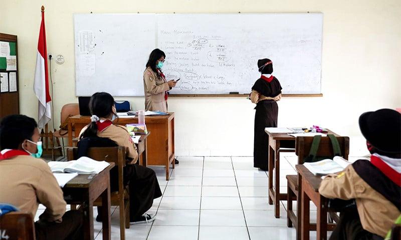 Komisi VIII DPR RI Tekankan Pentingnya Prokes yang Ketat Sambut Sekolah Tatap Muka - JPNN.com