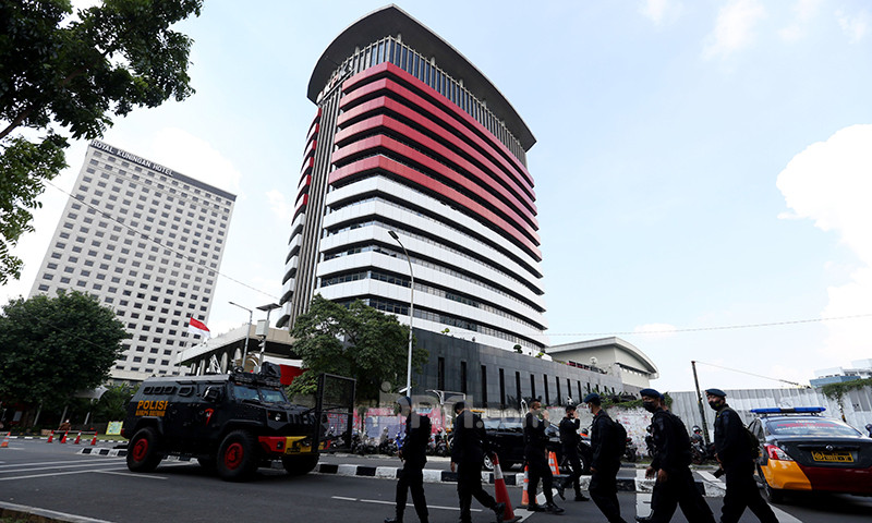 Begini Cerita Mengharukan Pegawai KPK Saat Mengemasi Barangnya - JPNN.com