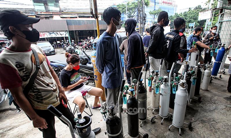 Maybank dan ACT Turun Tangan, Ratusan Tabung Oksigen Disalurkan - JPNN.com