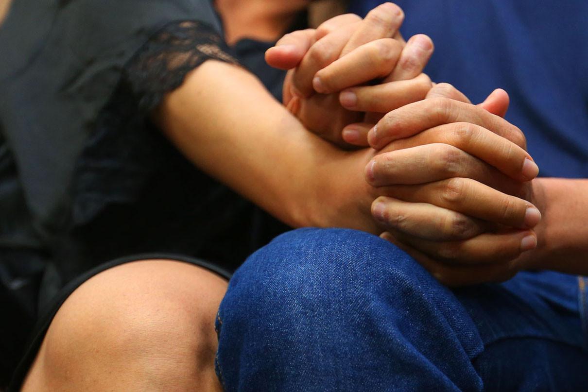 Tidak Perlu Malu, Ini 4 Manfaat Dahsyat Mandi Bersama Pasangan - JPNN.com