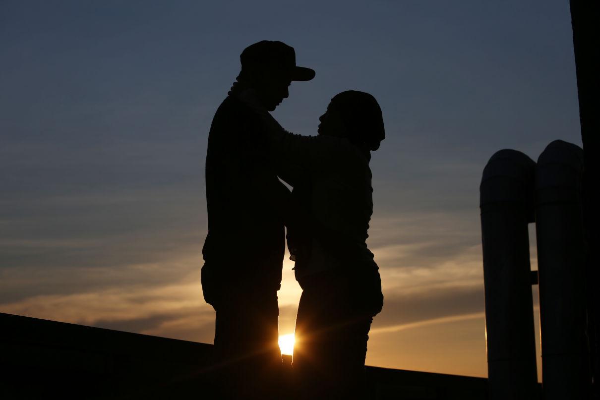 4 Tips Panaskan Hubungan Ranjang yang Mulai Hambar, Dijamin Pasangan Makin Bergairah - JPNN.com