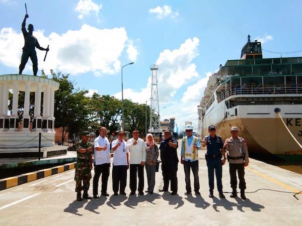 H-1 Lebaran, Hamdhani Tinjau Pelabuhan Panglima Utar