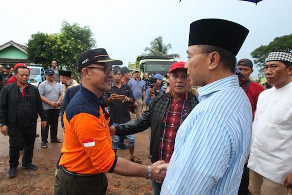 Ketua MPR Temui Warga Terdampak Tsunami di Lampung Selatan