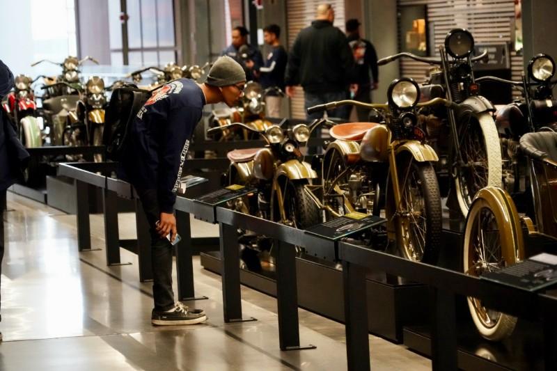 Tim Suryanation Motorland Banyak Menimba Ilmu ke Leluhur Harley-Davidson
