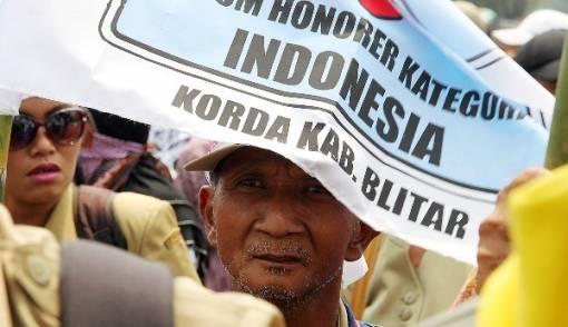 Honorer K2, Kotak Obat PPPK, dan Harapan pada Prabowo - Sandiaga