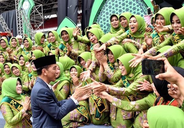 Jokowi Doakan Muslimat NU Makin Jaya, Indonesia Makmur