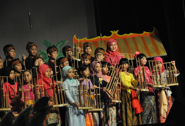 Berbahagialah Sejak Belia, Kita Indonesia!