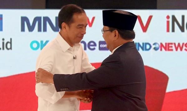 Terungkap, Siapa yang Minta Jokowi Pegang Pulpen Saat Debat Capres