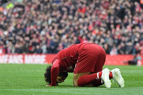Cetak 2 Gol dalam 3 Menit ke Gawang Chelsea, Liverpool Salip City