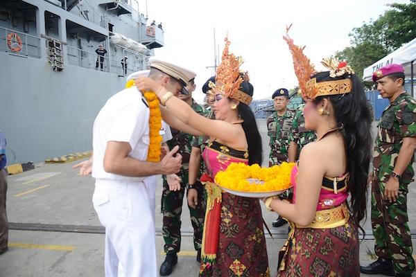 Kapal Perang AL Prancis Merapat di Pelabuhan Benoa Bali, Nih Misinya