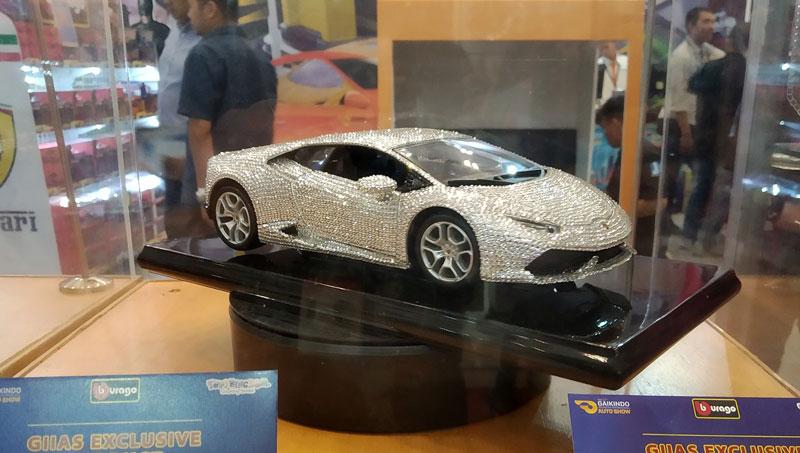 Lamborghini Huracan Bertabur Berlian Menyilaukan GIIAS 2019