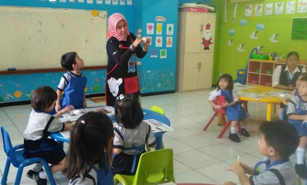Literasi Media dan Dongeng Sangat Penting Bagi Anak-anak