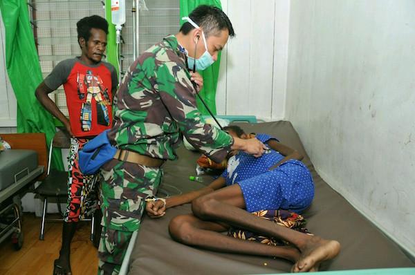 Satgas Kesehatan TNI Melayani 2.027 Warga Asmat Korban KLB