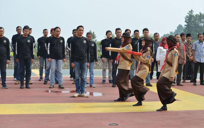 HUT ke-74 RI, Touring Kemerdekaan JMC Sembari Berbagi Kebahagiaan