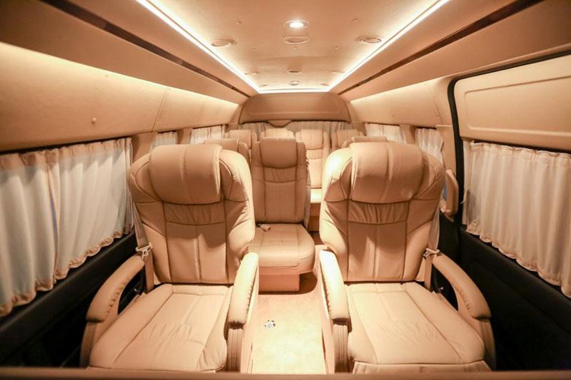 Inspirasi Modifikasi Toyota HiAce ala BAV Luxury Auto Design