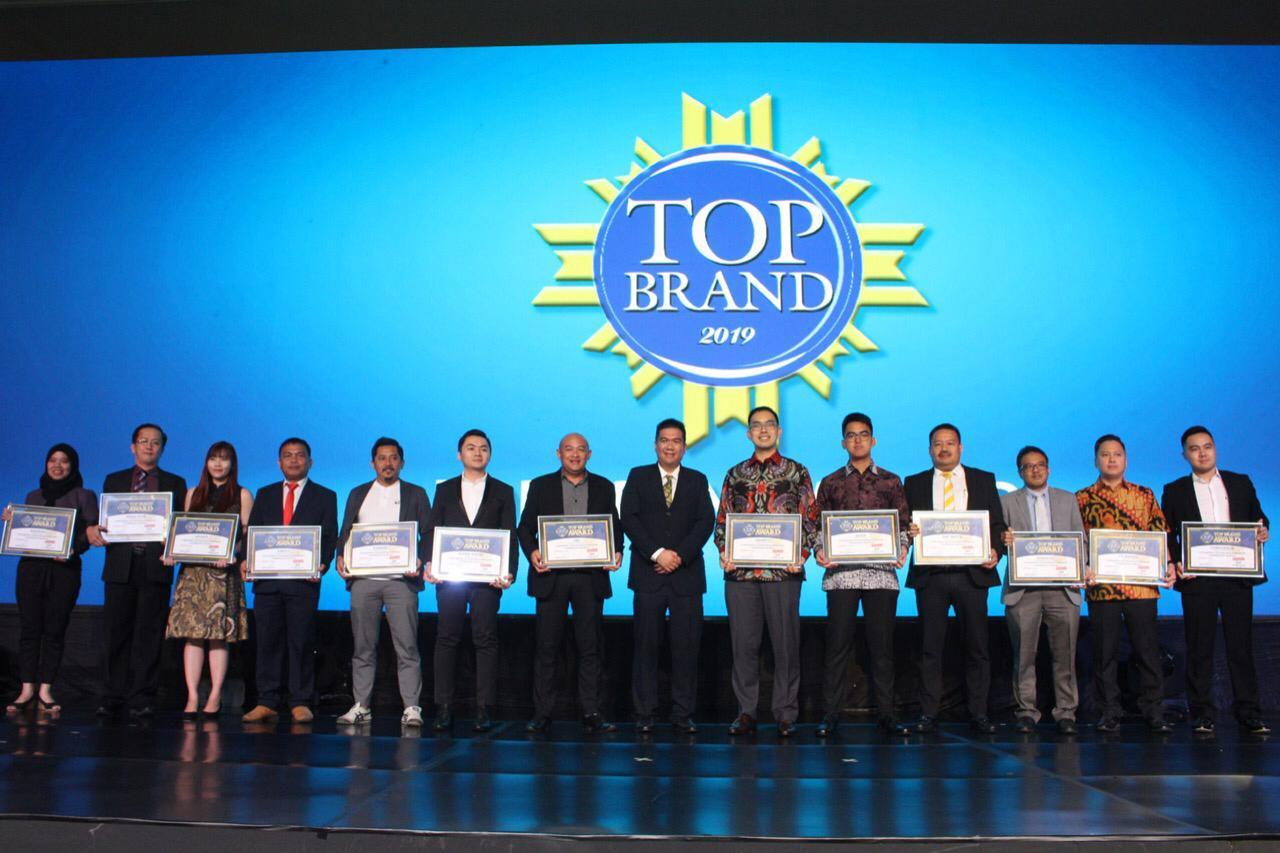 Raih Penghargaan Lagi, GT Radial dan IRC Sabet TOP Brand Award 2019