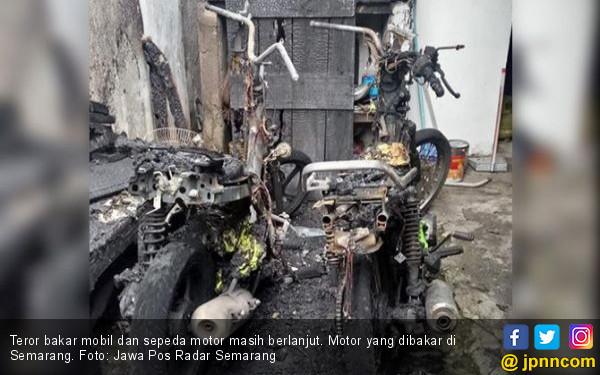 Laporan Wadir Intelkam Kasus Teror Bakar Mobil dan Motor