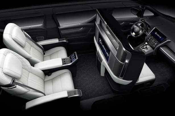 Lexus LM 300 Tawarkan Standar Kemewahan Baru di Atas Alphard