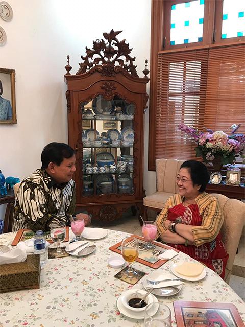 Ini Dia Menu Pembuka serta Penutup Makan Siang Bu Mega dan Pak Prabowo
