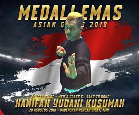Singkat, Dalam! Tulisan Prabowo Usai Pelukan dengan Jokowi