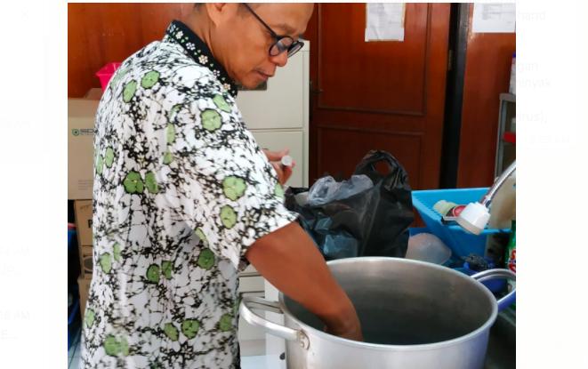 Inovasi Baru dari KLHK, Hand Soap dan Hand Sanitizer Berbahan Dasar Gaharu
