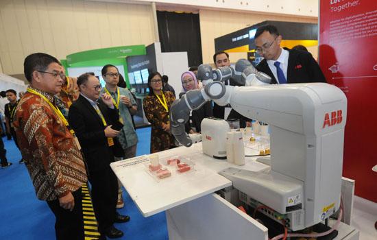 Mengintip Kehebatan Robot Produksi ABB untuk Industri