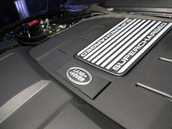Lebih Murah, Range Rover Sport Tawarkan Berkendara Agresif