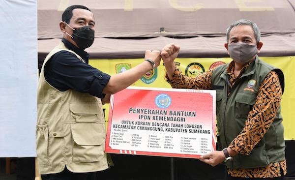 Rektor IPDN Terjun Langsung ke Lokasi Bencana Longsor Sumedang