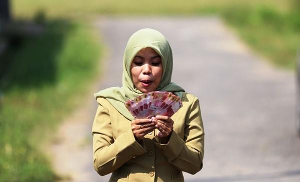 Juli, Gaji Dobel untuk PNS, TNI, Polri, Pensiunan