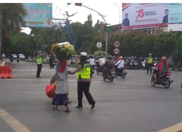 Tentang Kompol Syarifah Salbiah, Polwan Berhati Mulia