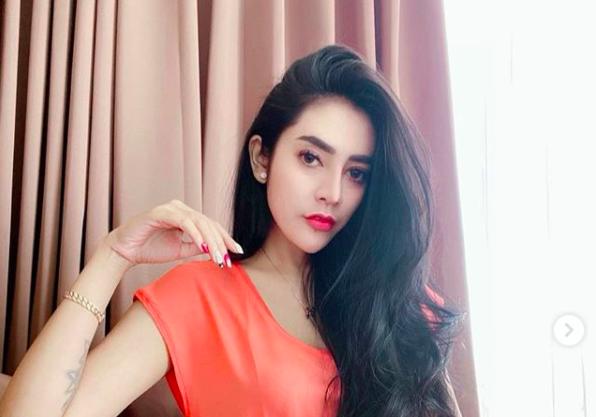 Wajah Asli Vernita Syabilla Sebelum Operasi Plastik, Beda Banget