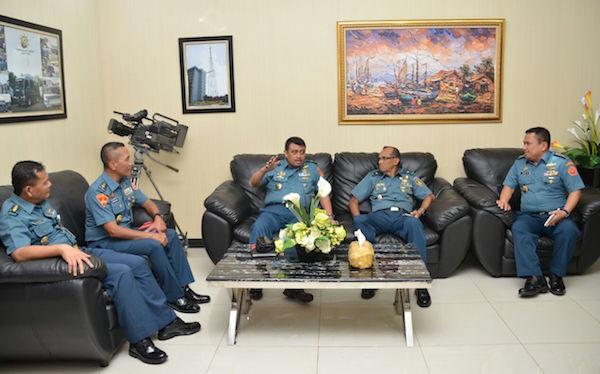 Suradi Pimpin Pasukan Menyambangi Puspen TNI dan Dispenal
