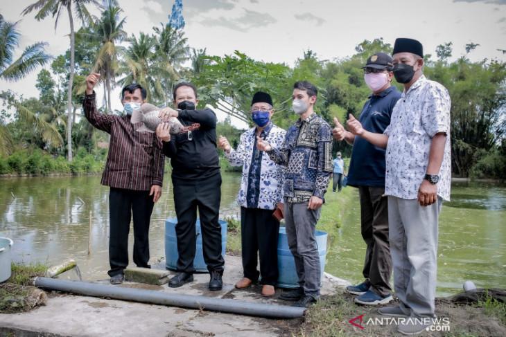 Di Masa Depan Jember akan Jadi Pusat Budi Daya Ikan Tawar di Indonesia - JPNN.com Jatim
