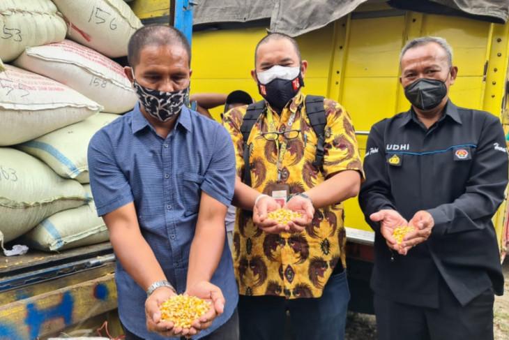 Setelah Dipanggil ke Istana, Suroto Terima 20 Ton Jagung dari Jokowi - JPNN.com Jatim