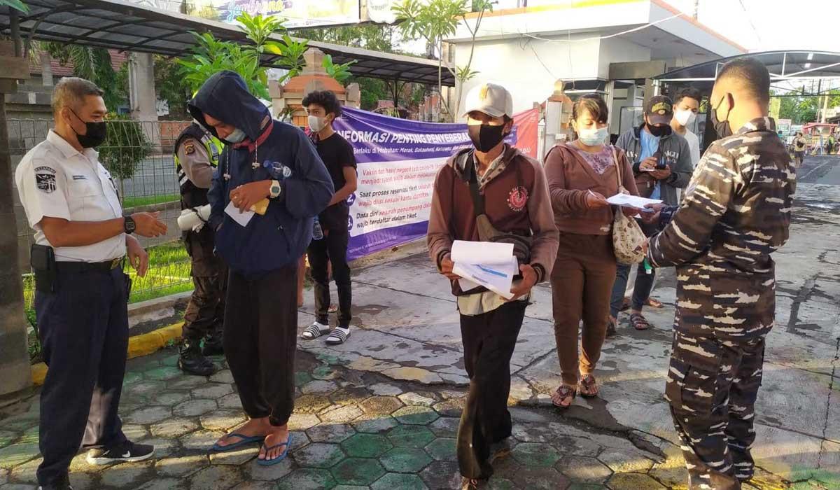 Bali Buka Objek Wisata, Polisi Perketat Pengamanan Pelabuhan Gilimanuk - JPNN.com Bali