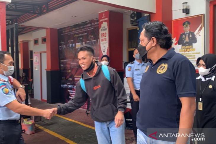 Berikrar Setia NKRI, Napi Terorisme di Lumajang Dapat Remisi, Sekarang Bebas - JPNN.com Jatim