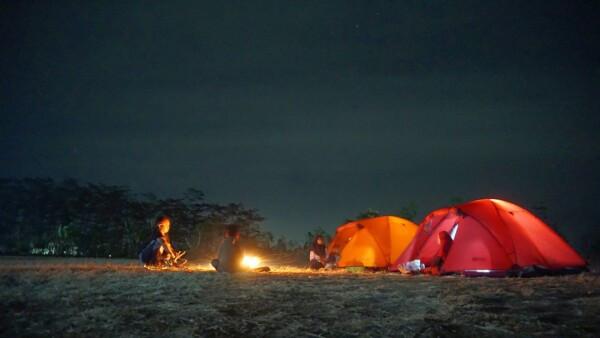 Desa di Bojonegoro ini Sediakan Camping Ground dan Wisata Petik Buah - JPNN.com Jatim