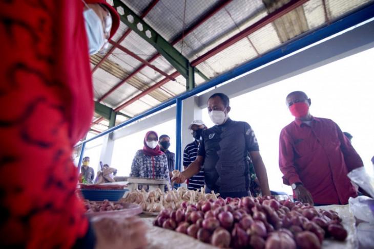 Seluruh Pasar Tradisional Surabaya akan Dipasang Wifi Gratis - JPNN.com Jatim