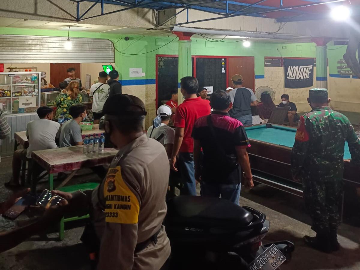 Patroli Dialogis Sasar Pelaku Usaha, Ingatkan Taati Prokes PPKM Level 2 - JPNN.com Bali