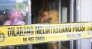 Mayat Bayi Terbungkus Kain Kafan Ditemukan Hanyut di Sungai - JPNN.com