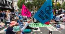 Polisi Tahan 130 Orang yang Ikut Demo - JPNN.com